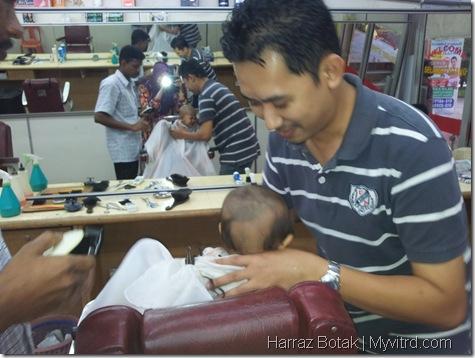 Aksi Harraz Gunting Rambut 7