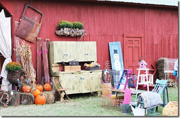 barn sale Oct.2012 108