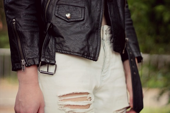 TOPSHOP JEANS & LEATHER JACKET DETAILS