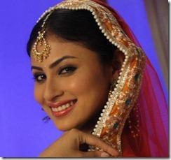 TV Serial Actress Mouni Roy Latest Beautiful Photos