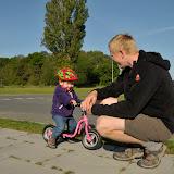 Silje på sin nye cykel - fra Farmor og Farfar