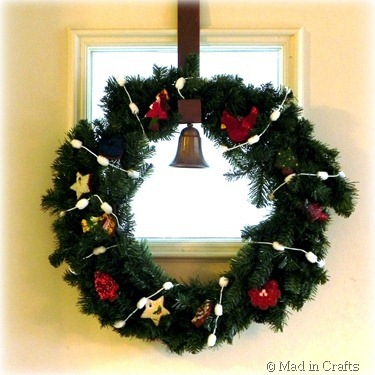 ornament wreath squarae