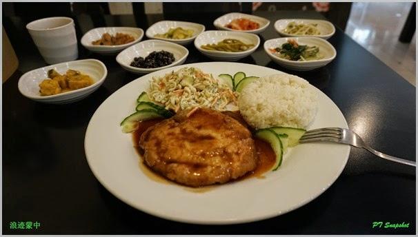 韩国餐厅吃猪肉套餐