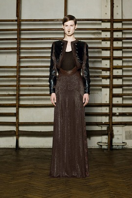 givenchy-spring-2012-couture-03_170645601396