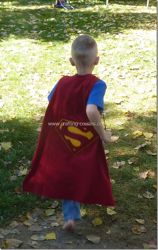 Super Hero Cape made from a tee shirt.  Tutorial by Crafty Cousins (28)
