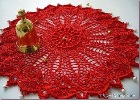 doily red