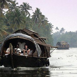 2 Night Superior Kerala Houseboat cruise from Thottappally to Kumarakom - 2 Bedroom