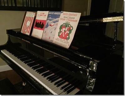 christmas music on piano 2