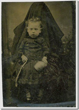 hidden-mothers-victorian-baby-photography-13