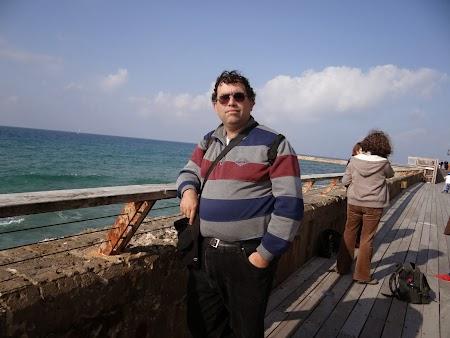 17. Pe malul Marii Mediterane in Tel Aviv.JPG