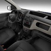 2013-Dacia-Dokker-Official-40.jpg