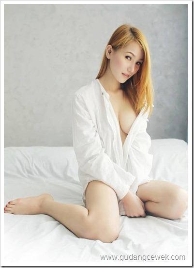 Nyaris Bugil Model Malaysia Body Sexsy