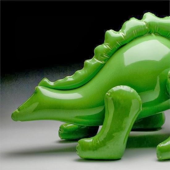 Bonecos infláveis de argila 01