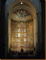 Salamanca Old cathedral altar N