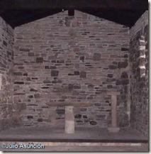 Interior de la ermita de San Román de Aoiz