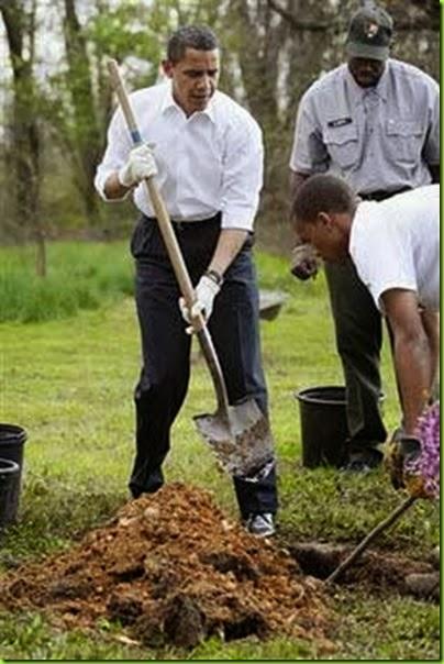 Obama_shovel_229