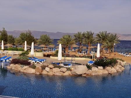 09. Piscine Movenpick Aqaba.JPG