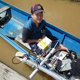 ボートにセットした三次元流速計 / Setting up 3D PTV on a boat