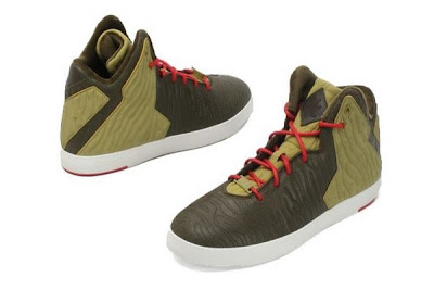 nike lebron 11 nsw sportswear lifestyle olive 1 02 A New Look at Nike LeBron XI NSW Lifestyle in Olive Colorway