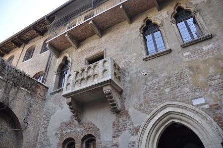 01. Balconul Julietei Verona.JPG