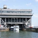 DSC00080.JPG - 17.05.2013. Podnośnia statków w Niederfinow; wyjście z wanny  na górnym poziomie (36 m wyżej)