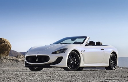 2013 Maserati GranCabrio MC front three quarter