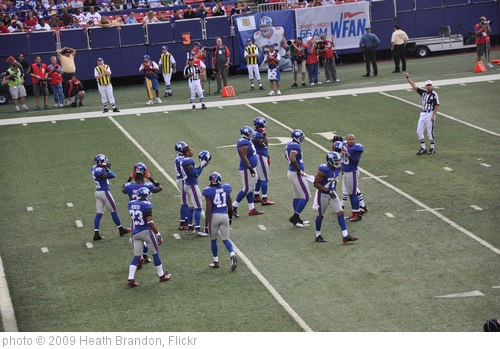 'NY Giants Defense' photo (c) 2009, Heath Brandon - license: http://creativecommons.org/licenses/by-sa/2.0/