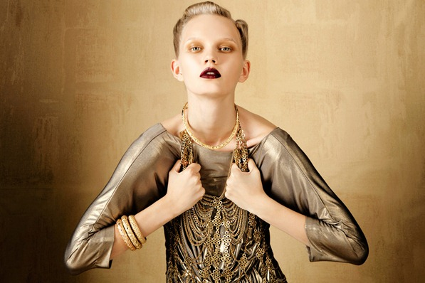 BOLD-GOLD-by-Oskar-Cecere-for-Vogue-Italia-DESIGNSCENE-net-06