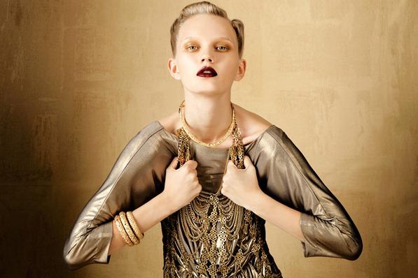 BOLD-GOLD-by-Oskar-Cecere-for-Vogue-Italia-DESIGNSCENE-net-06