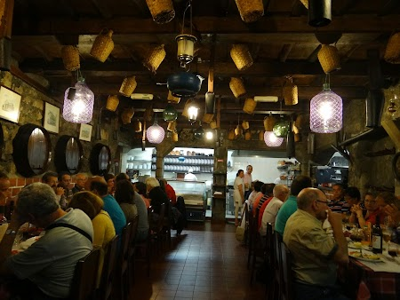 12. Restaurant traditional Azore - Angra do Heroismo.JPG