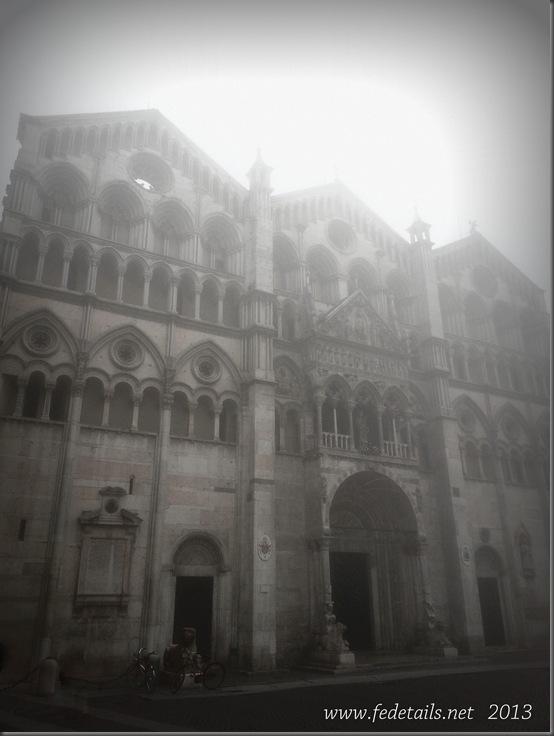 Cattedrale San Giorgio e nebbia, Ferrara, Emilia Romagna, Italia - Cathedral of San Giorgio and fog, Ferrara, Emilia Romagna, Italy - Property and Copyrights of FEdetails.net