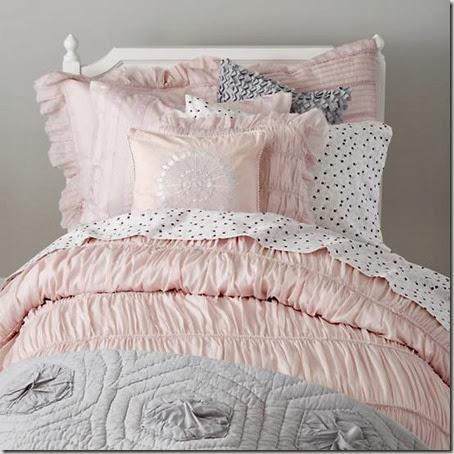 antique-chic-bedding