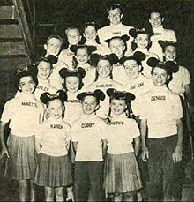 File-Mickey_Mouse_Club_Mouseketeers_1957-2012-04-27-21-24.jpg