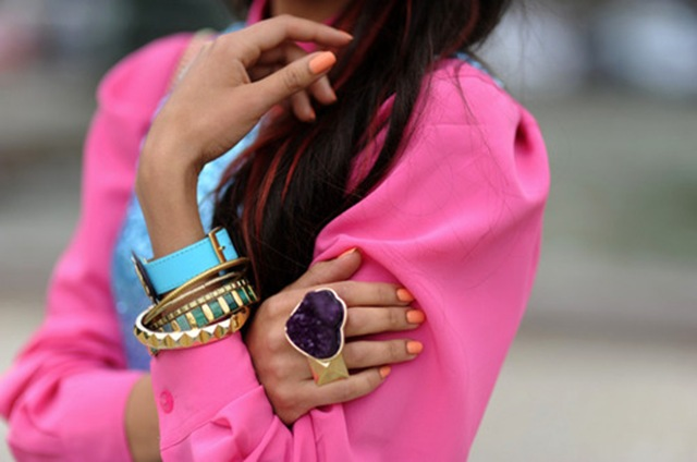 la-modella-mafia-Model-Off-Duty-street-style-Fall-2012-color-hot-neon-pink-2