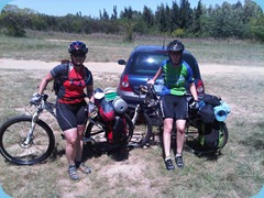 Tessa and Diane setting out for the Northern Farm ride