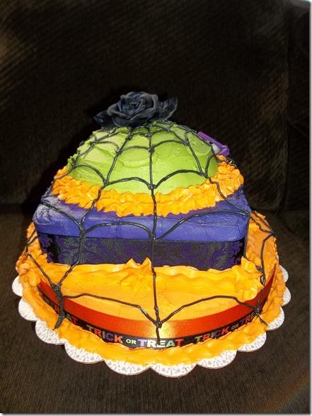 Laura's Fieldtrip cake 061