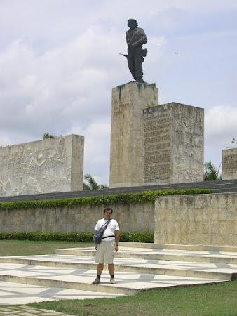 Cuba: Che's monument in Santa Clara