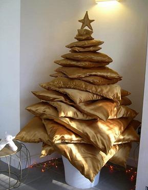 Albero di Natale di cuscini