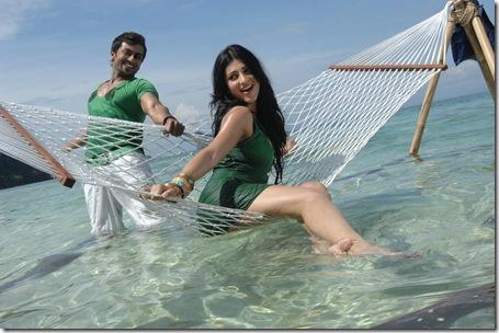 suriya shruti hassan 7am arivu movie stills3