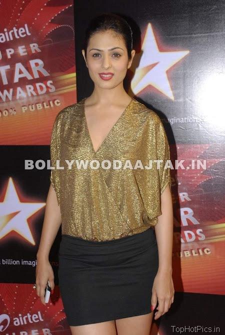 Anjana Sukhani Hot Pics in Golden Dress 9