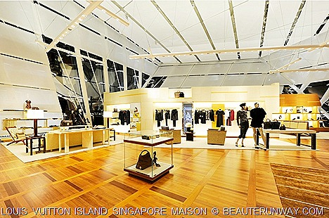 Louis Vuitton Island Singapore Fall Winter Collection Woman