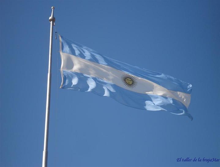 BanderaArgentina-deBrujaMar-0607