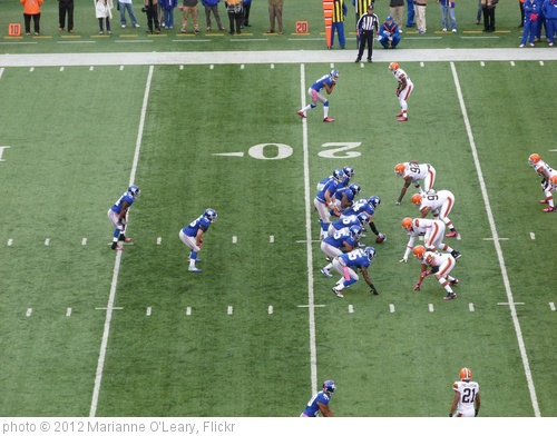 'Eli Manning under center' photo (c) 2012, Marianne O'Leary - license: http://creativecommons.org/licenses/by/2.0/