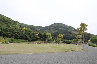 下流の公園
