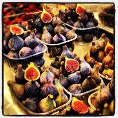 Fresh figs at la Boqueria