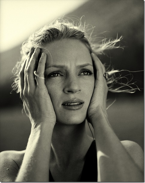 Uma_Thurman_by_Michel_Comte_2.