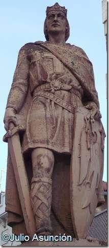 Estatua de Sancho el Fuerte - Tudela