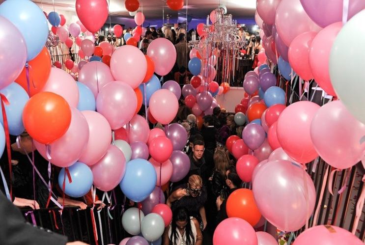 005-lanvin_atmosphere-7_083718403621.jpg_carousel_parties