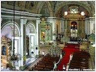 Интерьер католической церкви. Манила. Филиппины. Фото Курчиной Л. www.timeteka.ru