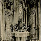 Champ-des-Martyrs d'Avrillé - Autel de Notre-Dame de Pitié.png